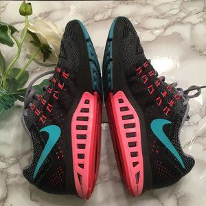 Nike Air Max Zoom Structure 18 Shoes  - Size 8